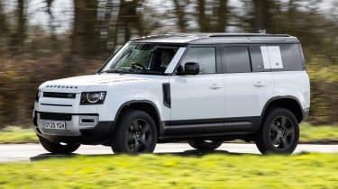 Land Rover Defender 110 P400 – front quarter