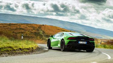 Lamborghini Huracán Evo RWD – rear slide