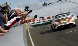 BTCC British Touring Car Championship Round 7: Knockhill
