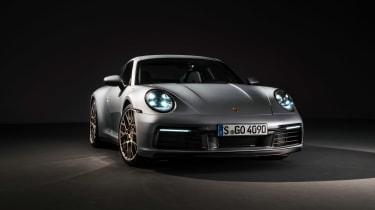 Porsche 911 992 Carrera 4S - front quarter