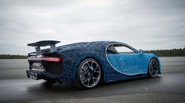 Bugatti Chiron lego - rear quarter