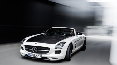Mercedes SLS AMG GT Final Edition Roadster white front