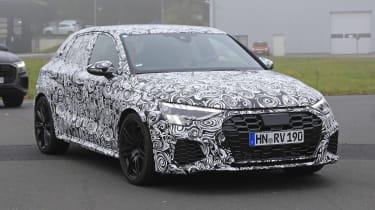 Audi RS3 mule 2020 SB – turning