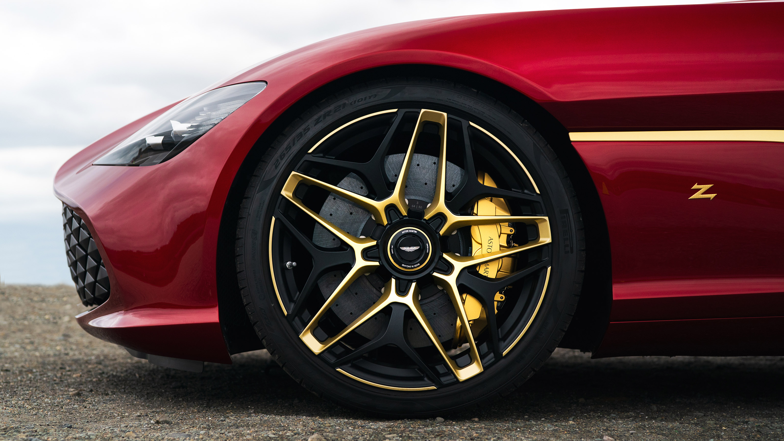 760bhp Aston Martin Dbs Gt Zagato Revealed With 3d Printed Gold Details Evo