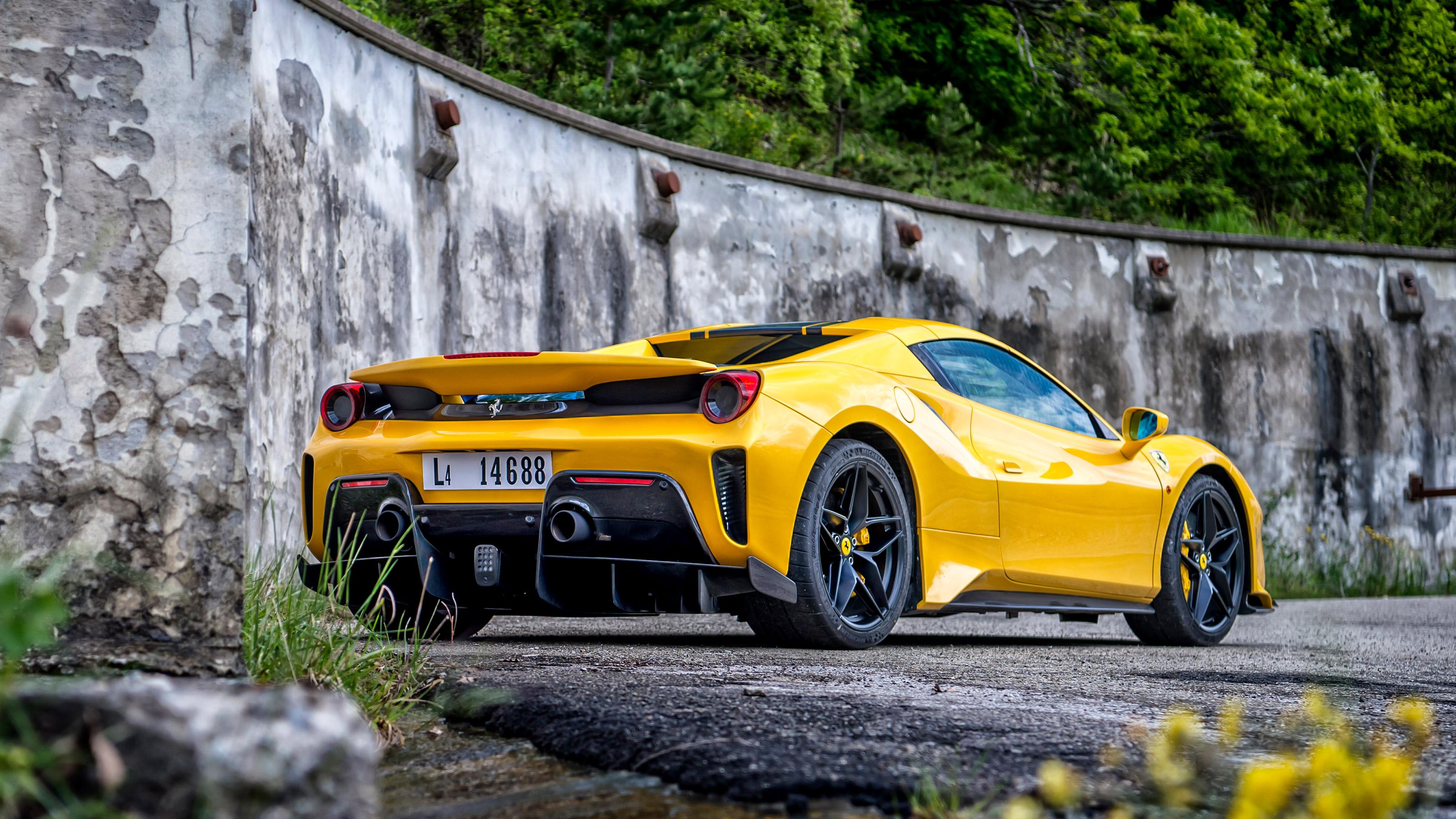 Ferrari 488 Pista Spider Review Evo