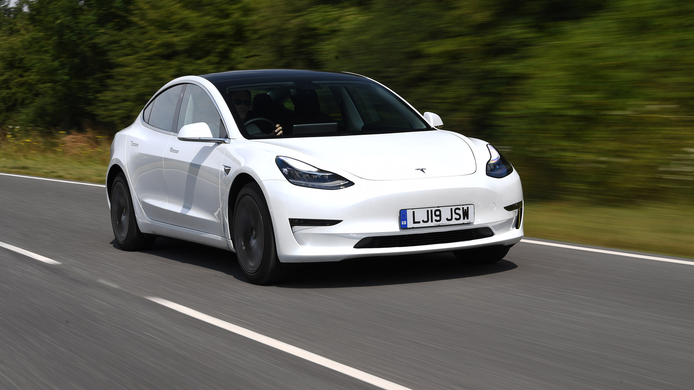 Tesla Model 3 Review An Enthusiast S Guide To The